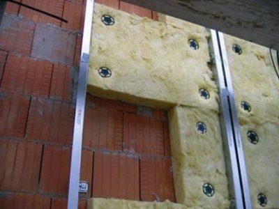 как утеплить дом из пеноблоков