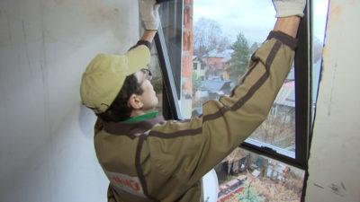 как сделать окно в стене