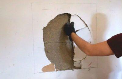 как правильно заделать трещины в стене
