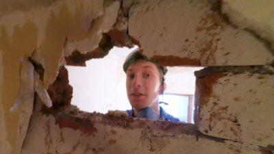 как сломать кирпичную стену