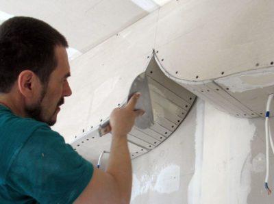 как крепить гипсокартон к потолку