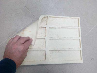 как сделать декоративный кирпич из гипса