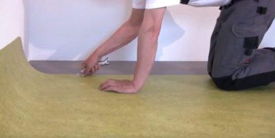 как стелить линолеум на бетонный пол
