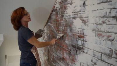 как сделать кирпичную стену из штукатурки