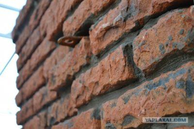 как состарить кирпичную стену