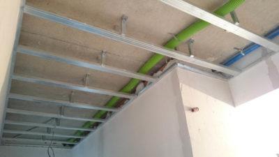 какой гипсокартон лучше использовать для потолка